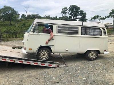 Project Liberating Nina | Van de sleepwagen af