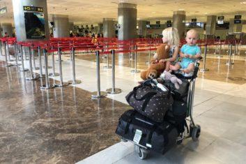 Reizen met twee jonge kinderen en alleen handbagage